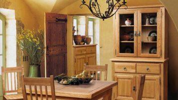 гостиная-столовая из массива