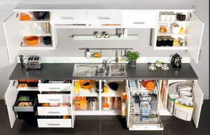 линейная кухня, тумбы и ящики наполнение