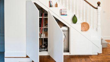 белый шкаф под лестницу