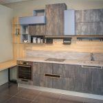 кухня лофт с баркой стойкой